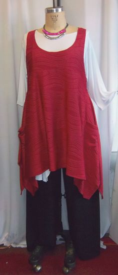 Coco and Juan Plus Size Top Lagenlook Layering Tunic Top Deep Red Textured  Knit Size 1 Fits 1X,2X  Bust to 50 inches