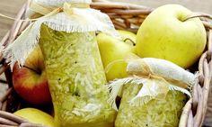 Dżem z jabłek i kiwi. Soczysty smak jabłek z dodatkiem kiwi. #recipe Dr. Oetker Polska Kiwi, Apple, Fruit, Food, Apple Fruit, The Fruit, Meals, Apples, Yemek