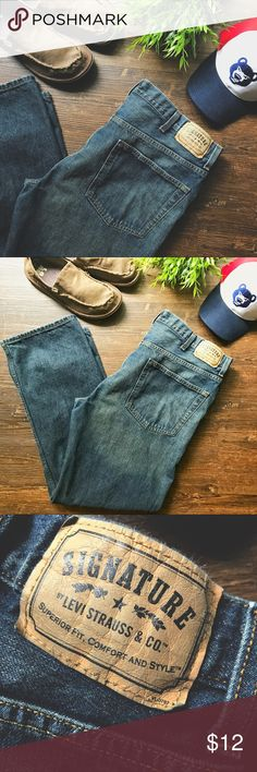 Levi's Strauss Co Signature Men's jeans reg 38 32 These men's regular fit jeans from Signature by Levi Strauss & Co. are designed with a straight leg. These durable denim pants have a natural mid-rise flatters with a non-restrictive fit. With a five-pocket design adds detail that never goes out of date, these jeans are ideal for work or play. Men's 38x32 minimal wear- less than 3x. Very good condition. No rips tears or stains. Signature by Levi Strauss Jeans Straight