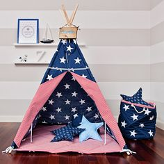 Tipi Zelt mit großen Sternen fürs Kinderzimmer / teepee with stars for the child's room made by FUNwithMUM via DaWanda.com