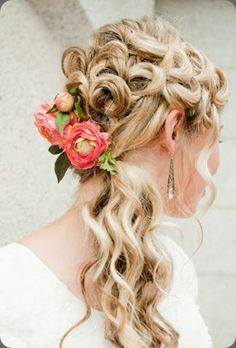 Ranunculus hair flowers