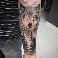 Awesome Tribal Einsamer Wolf Tattoo Designs & Bedeutungen - - My list of best tattoo models Tribal Scorpion Tattoo, Wolf Tattoo Forearm, Lone Wolf Tattoo, Wolf Tattoo Sleeve, Sleeve Tattoos, Forearm Tattoos For Guys, Wolf Tattoo Shoulder, Arrow Tattoo, Wolf Tattoo Design