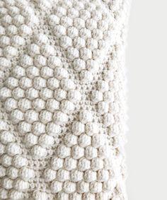 CROCHET ⨯ The Labadee – DeBrosse Bobble Stitch Crochet Blanket, Crochet Waffle Stitch, Crochet Stitches, Knot Pillow, Modern Crochet Patterns, Crochet Projects, Craft Projects, Sewing Projects, Craft Ideas