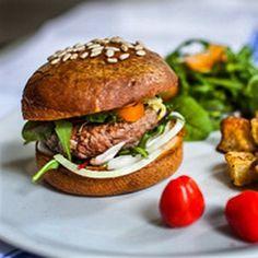 Envie d'un burger sans gluten à Montpellier ?! #becausegustave #media #intolerant #gluten #burger #montpellier #sansgluten #glutenfree #sanslait #lactosefree #veggie #food #foodporn #foodphotography #pornfood #miam #igers #igersparis #igersmontpellier #igersfrance il y en a un qui vous attend à @la_coutinelle ! En plus il est sans lait et on peut même l'avoir en version veggie  by becausegustave