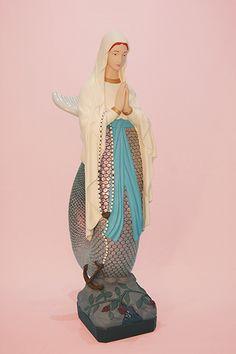 Soasig Chamaillard   Détournement Statue Sainte Vierge   Si-Reine