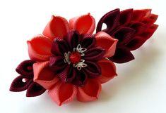Kanzashi fabric flower french barrette. Floral french por JuLVa