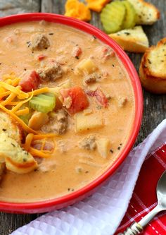 Here's a delicious 30-minute recipe that lives up to its name. Classic Cheeseburger Soup tastes just like a gooey-cheesey, drive-in cheeseburger. JUST.LIKE… seriously. The base infuses beef broth, tomato paste, and creamy melted cheese. Then just the right amount of mustard, ketchup and diced tomatoes add the perfect complexity to mimic the All-American Cheeseburger. Chunky …