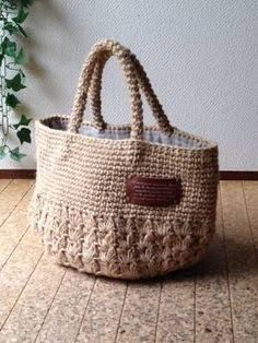 This post was discovered by Niki Fafouti. Discover (and save!) your own Posts on Unirazi. Crotchet Bags, Bag Crochet, Crochet Clutch, Crochet Handbags, Crochet Purses, Love Crochet, Knitted Bags, Crochet Lovey, Crochet Patron