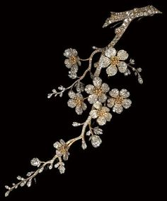 Designed by Lalique and Vever for Princess of Croy
