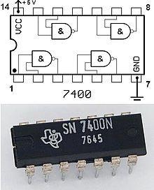 Ponieważ tranzystor może pełnić rolę klucza elektronicznego, z tranzystorów buduje się także bramki logiczne.