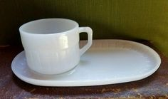 Federal Soup N Sandwich Heat Proof, Mug, Cup, Plate, Milk Glass Set 2 piece.