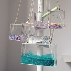 Diy Resin Art, Resin Crafts, Luxury Handbags, Purses And Handbags, Glitter Clutch Bag, Sacs Design, Transparent Bag, Accesorios Casual, Cute Bags