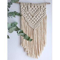 Tapiz Macramé BOHO hecho a mano con cuerda de algodón 100% #macramé #tapiz #bohotapestry #boho #bohemio #handmade #decoración #bohodecor #bohochic #bohostyle #lecoquelicotbcn