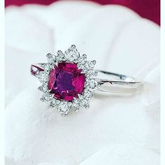 Red Engagement Ring#suivez #f4f #followme #TFLers #followforfollow Rings For Girls, Wedding Rings For Women, Rings For Men, Heart Ring, Engagement Rings, Red, Jewelry, Enagement Rings, Men Rings