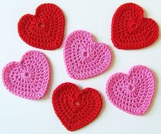 Crochet hearts (pattern written in Dutch, but with photo's how to)
