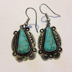#FredHarveyEra #RoystonTurquoise #Sterling #VirginiaTso #earrings #turquoise #vintagejewelry #turquoiseearrings #navajojewelry #vintage #navajoearrings #FredHarveyEarrings #navajoturquoiseearrings #southwesternjewelry #tribaljewelry #mothersdaygift #vintageearrings #bkueturquoise #sterlingsilver #jewelry #navajo http://etsy.me/1A3Y0Fx