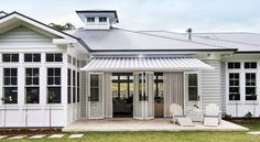 Eclectic decor Beach house plans with rooftop deck, malibu Beach house Beach House Tour, Tiny Beach House, Malibu Beach House, Die Hamptons, Hamptons Style Decor, Weatherboard House, Queenslander, Beach House Plans, Facade House