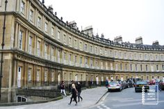 Travel Notes Podcast #16 - the yellow stone houses in Bath, England.