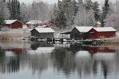 Foto Niklas Falk - www. Cabin, House Styles, Home Decor, Decoration Home, Room Decor, Cabins, Cottage, Home Interior Design, Wooden Houses
