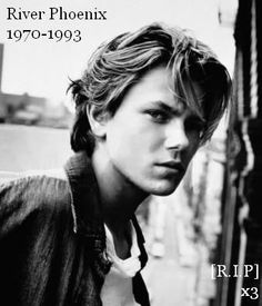 River Phoenix I had such a crush on him on Stand By Me. River Phoenix, Dark Phoenix, Beautiful Boys, Pretty Boys, Beautiful People, Beautiful Person, Stand By Me, Look At You, How To Look Better