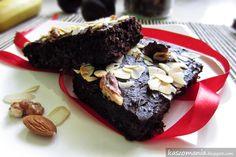 Brownie z kaszy jaglanej Kinds Of Desserts, Sweet Cakes, Food To Make, Bakery, Deserts, Paleo, Goodies, Healthy Recipes, Healthy Food