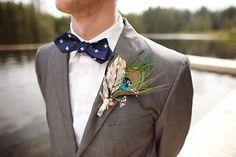 Peacock Inspired Wedding      ruffledblog.com/woodsy-music-themed-wedding/
