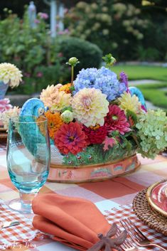 Easing Into Autumn Plaid Tablecloth, Taste And See, The Lord Is Good, Autumn Lights, Garden Table, Summer Beauty, Zinnias, Flower Centerpieces, Bud Vases