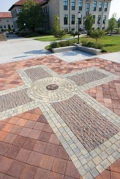Unilock - Monument public square featuring Il Campoand Unigranite paver