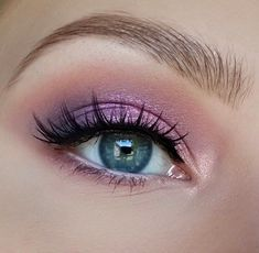 Makeup Tips Primer except Eyeshadow For Hooded Eyes Asian also Makeup Tips Pdf out Tutorial Makeup Natural Oriflame; Makeup Eye Looks, Eye Makeup Art, Cute Makeup, Pretty Makeup, Skin Makeup, Eyeshadow Makeup, Beauty Makeup, Eyeliner, Pink Eye Makeup