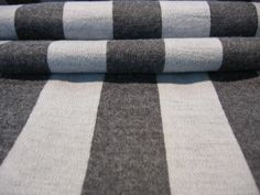 Strickstoff Strick Stoff Grau Wolle Meterware Streifen