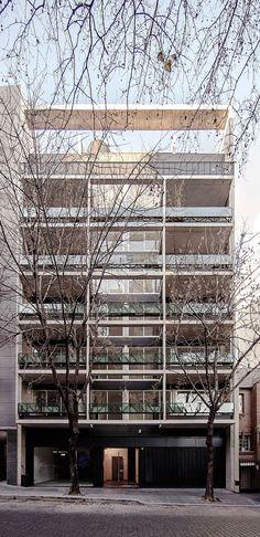 Galería - Edificio Calazanz / BAAG - 1
