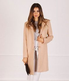 Gabby Tailored Long Wool Coat | f r e e     p o s t | Play up to your feminine side this season in this seriously luxe camel wool coat.