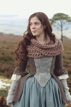 well this historical costume lady certainly looks cozy. 18th Century Dress, 18th Century Costume, 18th Century Clothing, 18th Century Fashion, 16th Century, Costume Roi, Cosplay Costume, Historical Costume, Historical Clothing