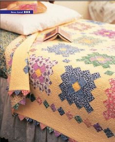 Almost a Flower Garden Quilt @ Love-To-Sew.com -- free pattern