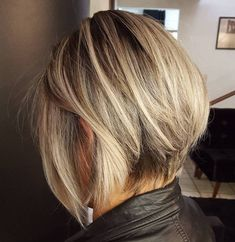 Inverted Bob Hairstyles, Blonde Bob Hairstyles, Bob Hairstyles For Fine Hair, Hairstyles Haircuts, Ladies Hairstyles, Modern Bob Hairstyles, Bob Haircut For Fine Hair, Medium Hairstyles, Weave Hairstyles