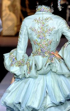 Couture Fall 2007 - Christian Dior #PurelyInspiration