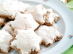 50 tipů a rad na vánoční cukroví Christmas Cookies, Baked Goods, Feta, Food And Drink, Cheese, Baking, Cake, Recipes, Xmas Cookies