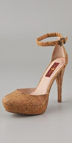 These cork pumps are fantastic! So unique! And featured in our #OIOTD http://www.brisbanethreads.com/oiotd/61-oiotd/551-16052012-oiotd