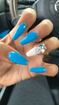 Pretty coffin nails nail art idea in blue with stones❤ Dope Nails, Glam Nails, Fancy Nails, Trendy Nails, Nails On Fleek, Creative Nail Designs, Beautiful Nail Designs, Best Nail Salon, Nailart