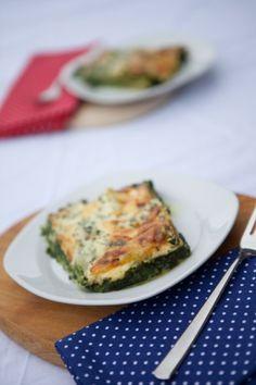 Spinatlasagne mit Gorgonzola, optional mit Lachs.