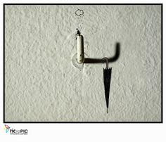 Pic to Pic: La lluvia y sin paraguas  #fotografiailustrada #ilustracion #illustratedphotography #illustration #photography #pictopic #poetry #poesia #rain #umbrella #art #lluvia #paraguas