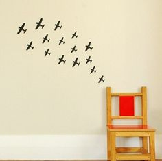 This set of 6 world war II inspired planes are perfect for any little boys room. #room #decorations