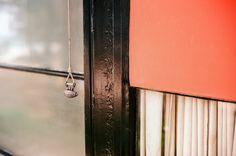 Doorbell pull. Eames House. Case Study House 8. Los Angeles. Voigtlander Bessa R3A, 40mm f/1.4 on Kodak Ektar 100. 1/125 @ f/2. #visibleinlight #LAnalog