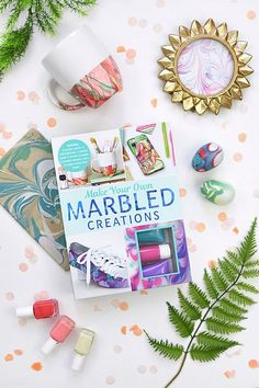 My very first paperback book, Make Your Own Marbled Creations is now available for purchase online at Walmart, Target and Amazon! Learn the skills needed to Make Your Own gorgeous marbled creations. Delineate Your Dwelling #marblingbook #marblingcraft