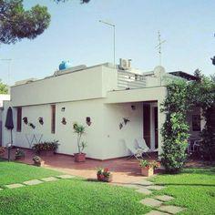 #Ferienhaus 2 Min vom #Strand Geremea #Sardinien  1#Garten, 2#Terrassen & freundlich-moderne Einrichtung versprechen entspannten #Urlaub Mehr Infos unter: