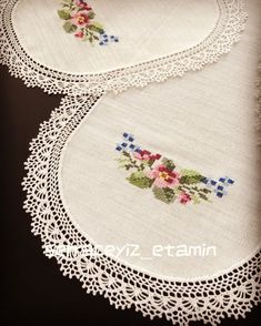 Cross Stitch, Embroidery, Crochet, Instagram, Towels, Farmhouse Rugs, Hand Embroidery, Make Fabric Flowers, Embroidery Patterns