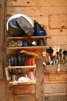 //\\//\\hippy kitchens//\\//\\    Interesting idea for a small cabin kitchen...