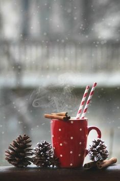 New Merry Christmas Wallpaper Beautiful Seasons Ideas Christmas Mood, Noel Christmas, Little Christmas, Christmas And New Year, All Things Christmas, Christmas Ornaments, Christmas Ideas, Hygge Christmas, Christmas Cookies