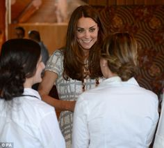 Following in Charles and Diana's footsteps, Wills and Kate visit Uluru as sun sets on one of most stunning sites on earth   Mail Online