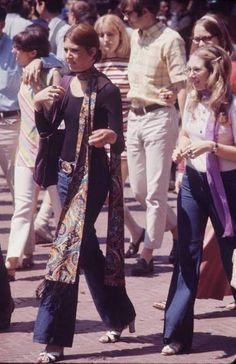 Bell bottom jeans - street style. Photo by Vernon Merritt III, 1969.